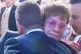 У мережі здивувалися дивним поцілую Елтона Джона та Девіда Бекхема