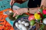 Баба з яйцями стане головним героєм нового роману Пелевіна