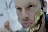 Коханець Леді Гага з кліпу Bad Romance попався на крадіжці жіночих колготок
